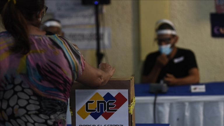 Venezuelans vote in elections boycotted by opposition